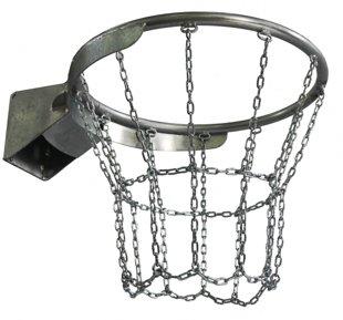 Basketbola grozs ar ķēdi cinkots